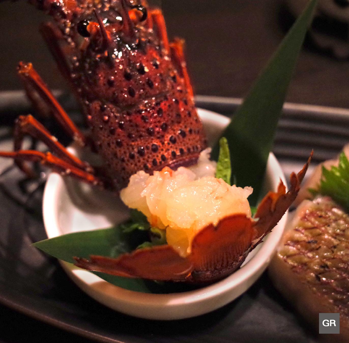 ซาชิมิ กุ้งมังกรอิเสะ (ISE EBI Sashimi)