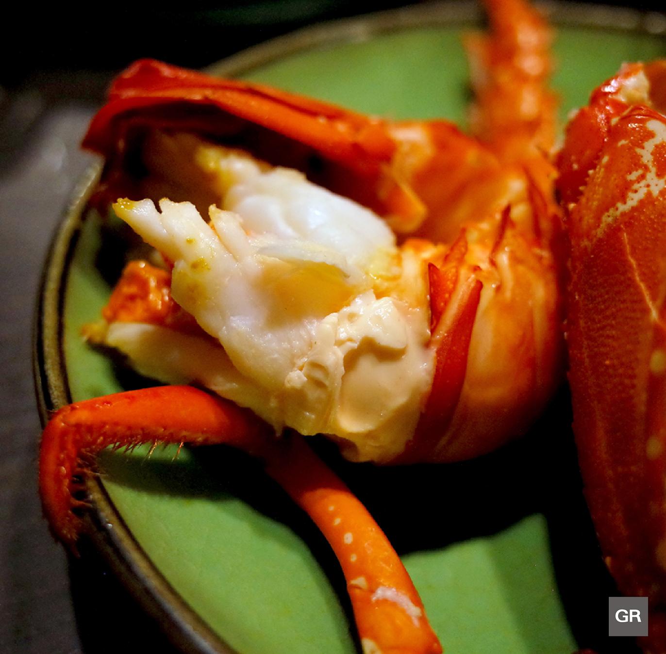เนื้อ กุ้งมังกรอิเสะ (ISE EBI) ที่ผ่านการนึ่งไอน้ำของร้าน KAGETU