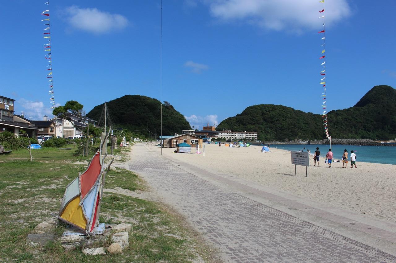 ชายหาดทาเคโนะ คิโนะซากิ