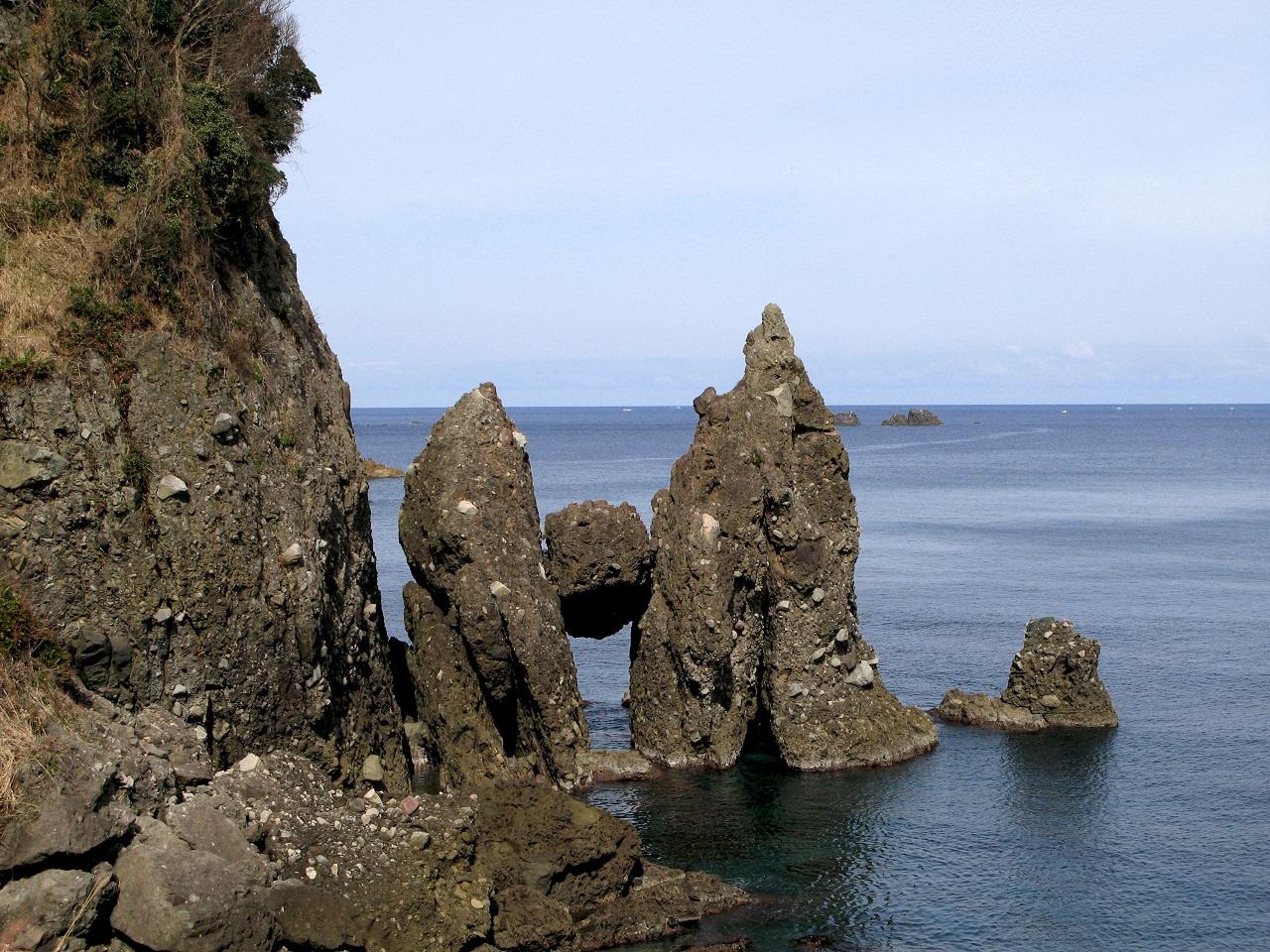 หินฮาซาการิ Hasakari Rock