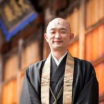Yusho-Ogawa-during-the-monthly-fire-ritual